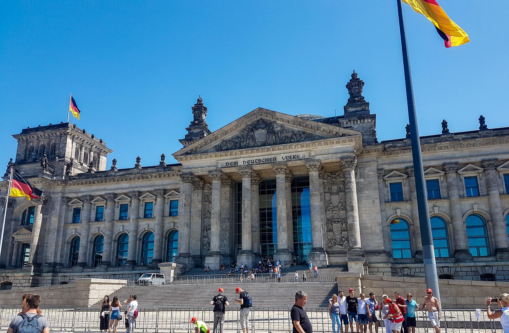 Berlin_Reichstag_Bundestag